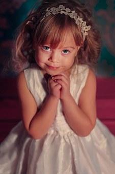 photographing-children-735226__340.jpg